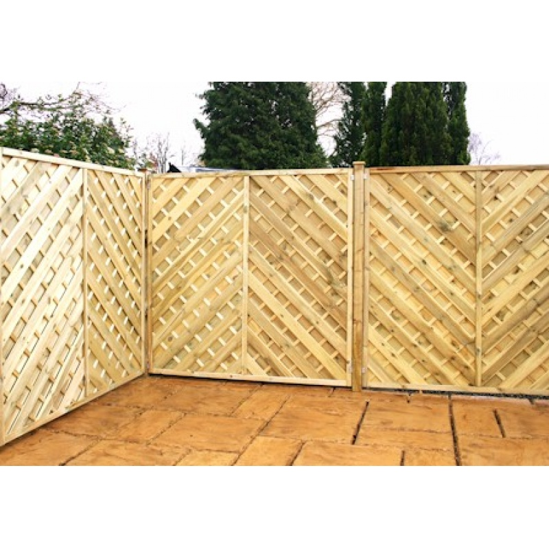 fencing chevron weave fence panels various sizes