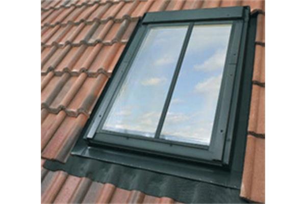 velux ggl sd5w2 conservation window for roof tiles. Black Bedroom Furniture Sets. Home Design Ideas